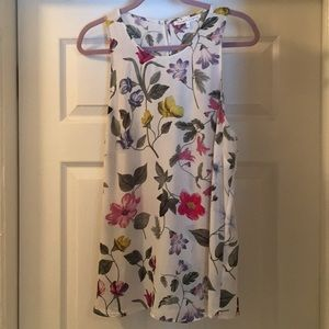 Violet + Claire Sleeveless Floral Top